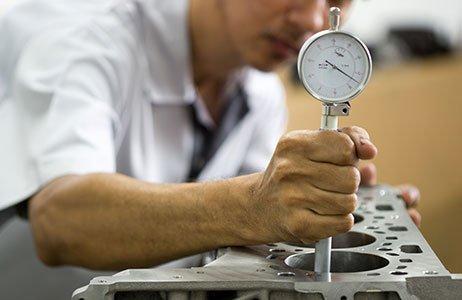 Messung mit Innenfeinmessgerät