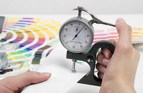 Messung mit Dickenmessgerät